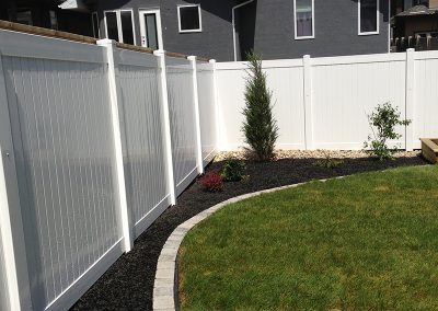new pvc yard fence