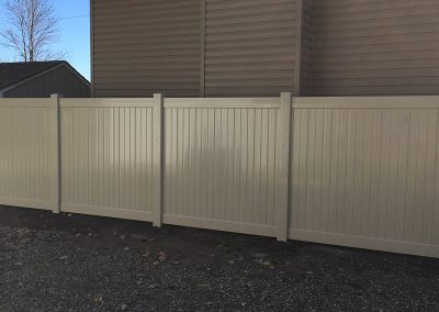 full yard pvc fence pic 2
